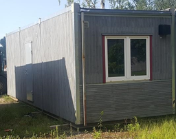 Puidust moodulkonteiner, 2,9x8,4m (1 kontoriruum)