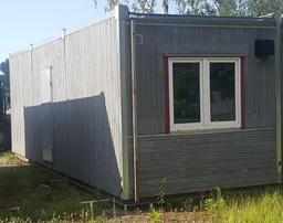 Koka moduļu konteiners, 2,9x8,4m (ar ģērbtuvju skapīšiem)