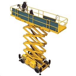 Šķērveida pacēlājs ar platformu ( pašgājējs, dīzelis, 4 WD), 12m