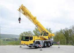 Autocrane, max lifting capacity 60t